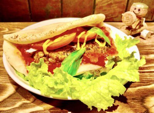 ハンバーガー(自家製ピザバーガー)